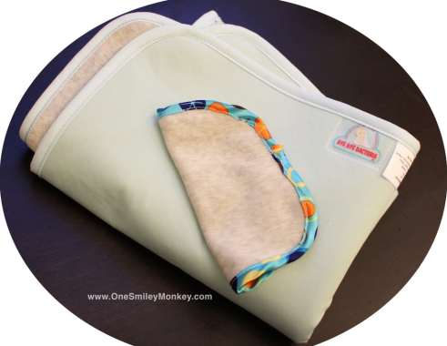 antimicrobial silveryarn fold n go changing pad review. Black Bedroom Furniture Sets. Home Design Ideas