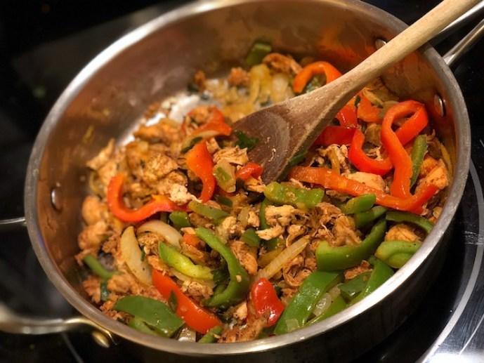 Super Easy Chicken Fajitas Recipe