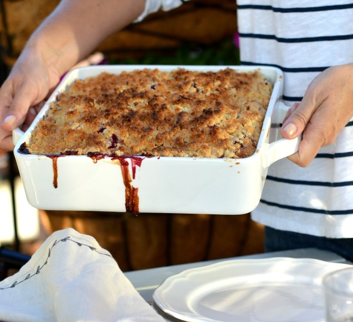 Back to school and simple plum cake with sweet crumble