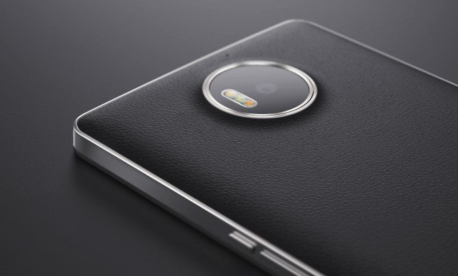 Lumia 950 XL with Mozo back cover