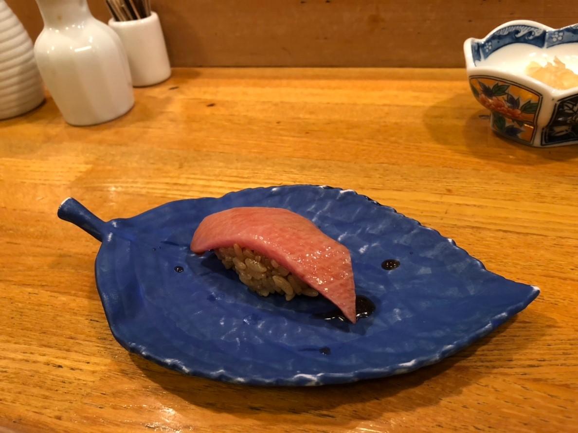 東京で赤シャリのお寿司がお手頃価格で食べれてオススメのお店