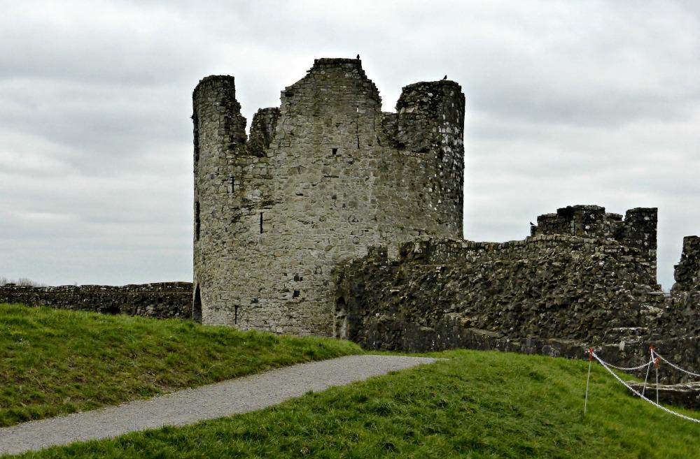Exploring Trim Castle || www.onetripatatime.com