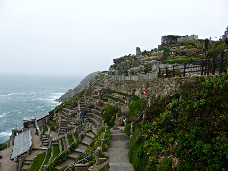 Cornwall Road Trip: Exploring The Cornish Peninsula || www.onetripatatime.com