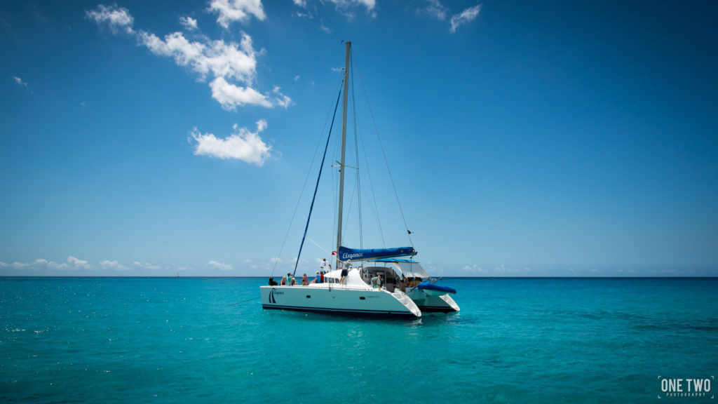 honeymoon vacation travel boat on ocean