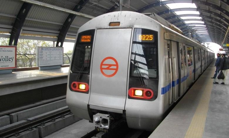 Noida will get two more Metros!
