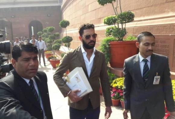 Yuvraj Singh Visits Parliament