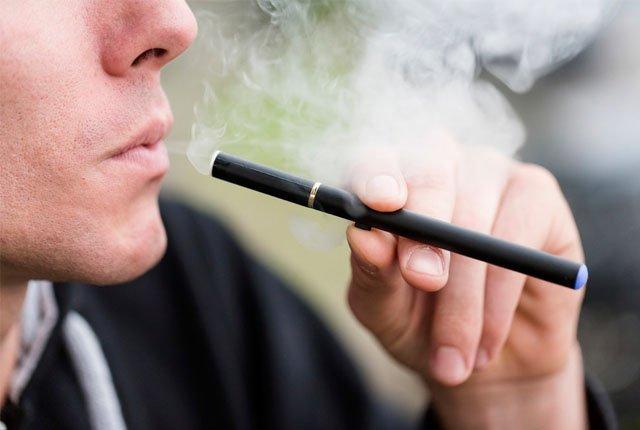 E-Cigarettes are affecting oral health