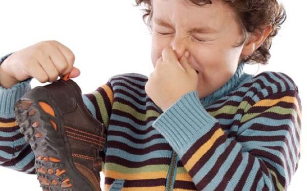 stinky smell from the shoes