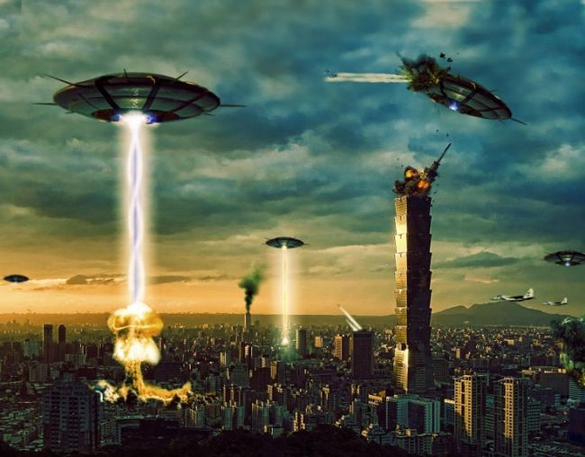 UFO attacking city