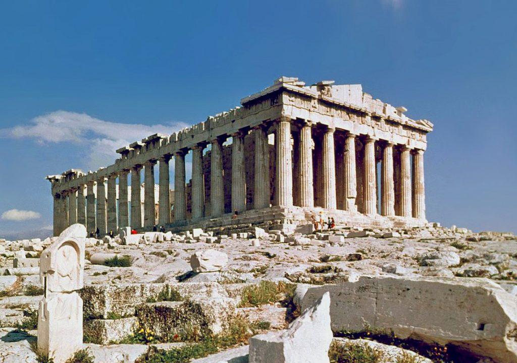 5 cosas en los alrededores de Atenas que verás si alquilas un coche