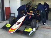 Entrenando con Campos Racing