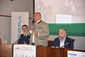 Il Gen. Umberto Rapetto testimonia gli sforzi necessari per mantenere la sicurezza nel mondo digitale.