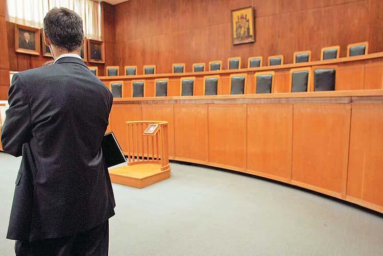 Απαράδεκτη και προσβλητική συμπεριφορά δικαστή προς δικηγόρο στη Λάρισα, καταγγέλλει ο Δικηγορικός Σύλλογος