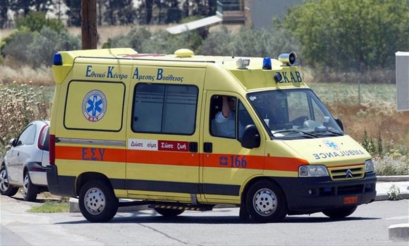 Σύγκρουση Ι.Χ. με μοτοσυκλέτα στο κέντρο της Λάρισας – Ένας τραυματίας