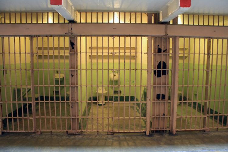 Το γράμμα κρατούμενου μαθητή στις φυλακές Λάρισας συγκλονίζει - Το σχολείο είναι η μοναδική ελπίδα για εμένα