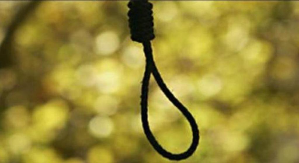 Σοκ: Απαγχονισμένη βρέθηκε γυναίκα στη Βερδικούσια