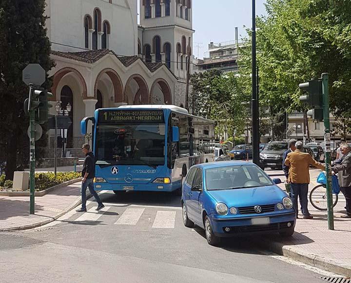 Οι δρόμοι... ήπιας κυκλοφορίας μας μάραναν στη Λάρισα - Ζούγκλα η πόλη με το ανεξέλεγκτο παρκάρισμα