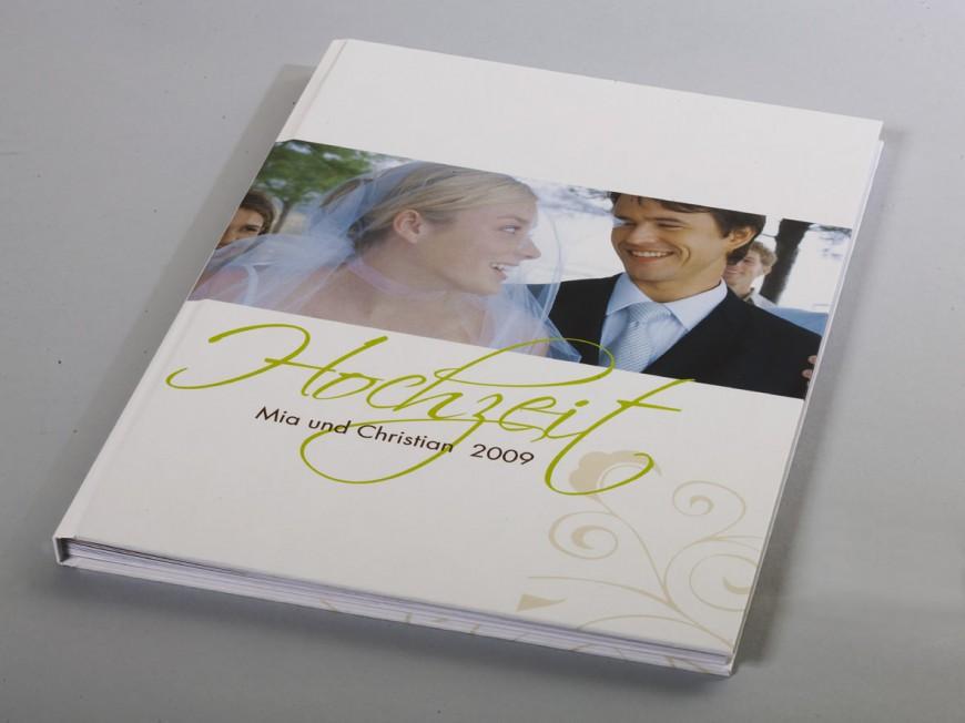 Ihr Hochzeitsbuch A4 im Hochformat gnstig drucken