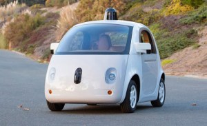 Masina autonoma oprita de politie