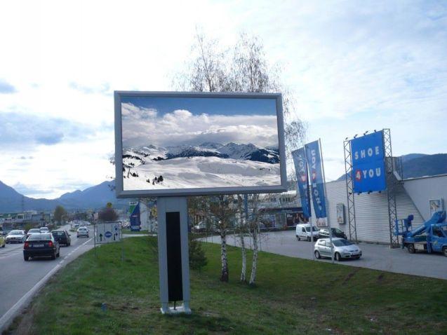 Panouri publicitare LED