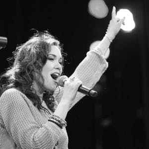 Singing Popular Music