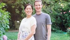 Zuckerberg announce his Wife pregnancy