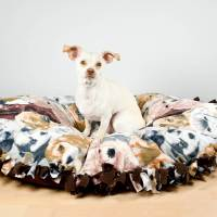 How To Make a No Sew Fleece Dog Bed | OFS Maker's Mill