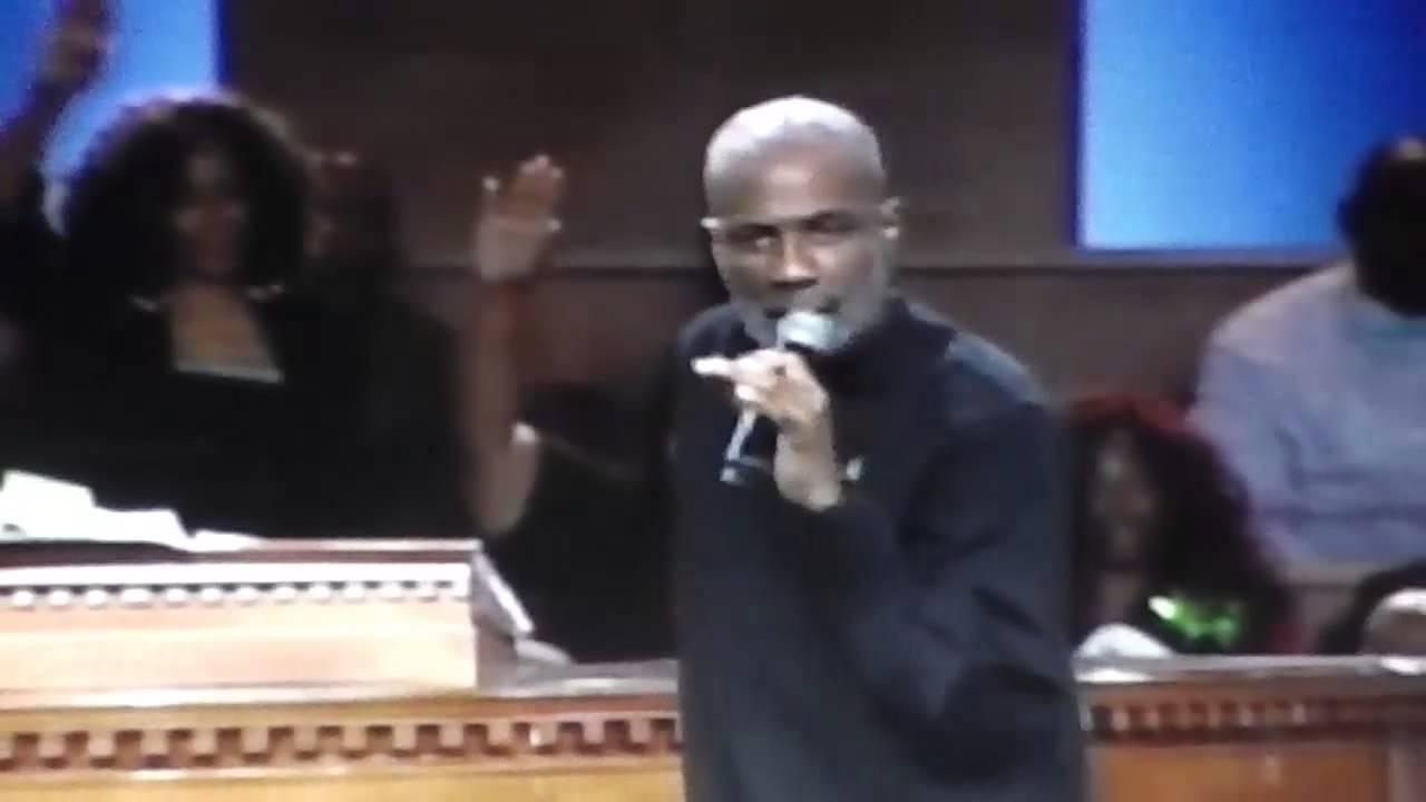 Bishop Noel Jones – The Lord Is On My Side (Video ) 11-3-2013 8am