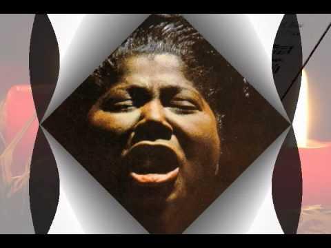Mahalia Jackson – Silent Night (Live)