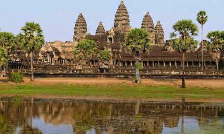 TICKET SALES SEES $35M IN Q1 FROM ANGKOR PARK : COMBODIA