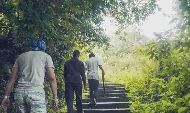 Popular hiking routes around Kathmandu