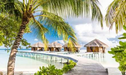 LUX* SOUTH ARI ATOLL WINS BEST LUXURY RESORT SPA AWARD