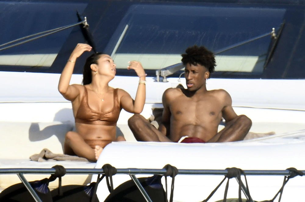 Kingsley Coman Chilling with his Girlfriend