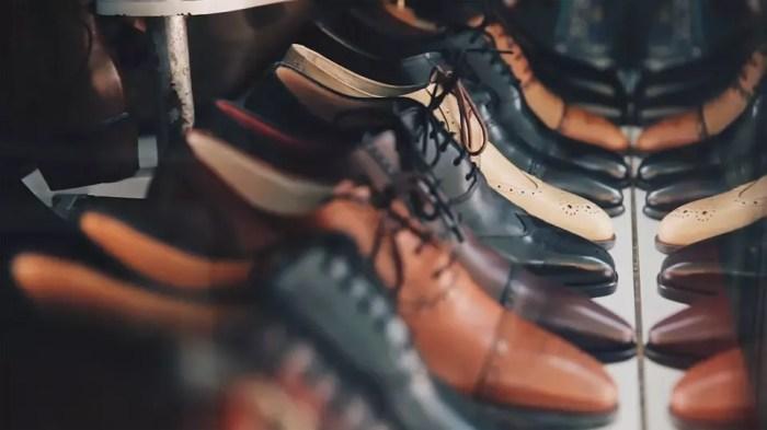 Schuhe24 eröffnet ersten stationären Laden für Eigenmarken