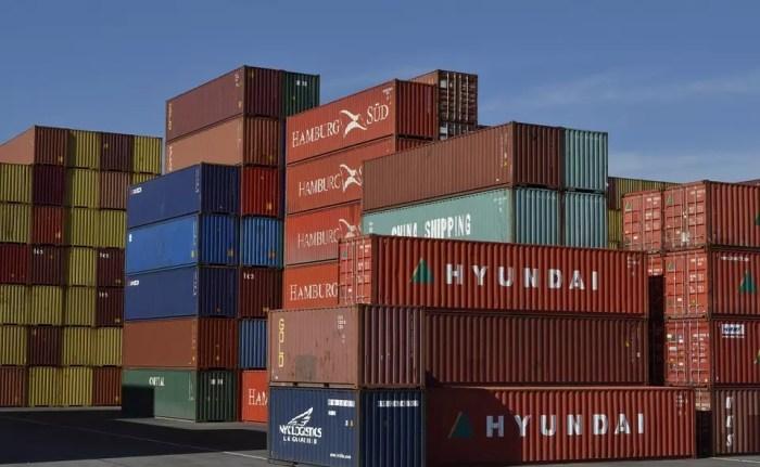 ifo Institut: Wirtschaftsexperten befürchten durch Zollkrieg ein Schrumpfen des Welthandels