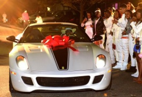 Lil Wayne Throws Extravagant Sweet 16 Party for Daughter