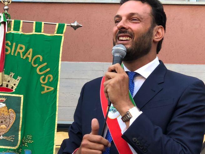 Risultato immagini per italia sindaco