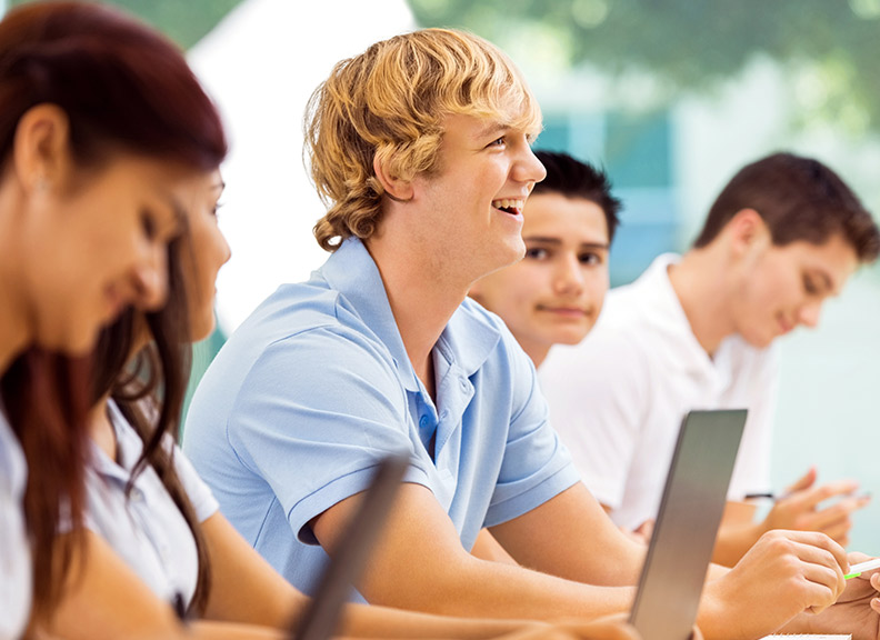 Low Tuition Institutions in Canada - Requirements and How to Apply