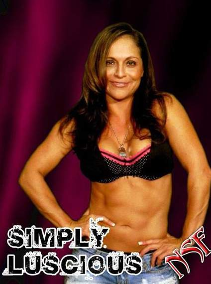 Simply Luscious Online World Of Wrestling