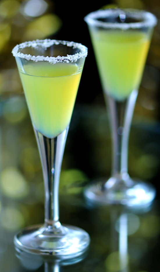 10 of the Best Homemade Limoncello Drinks with Recipes