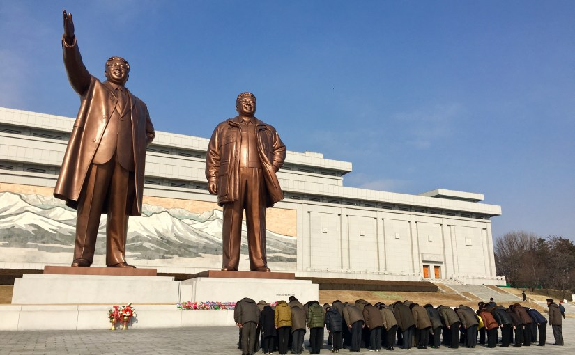 North Korea – respecting the Great Leader(s) in Pyongyang
