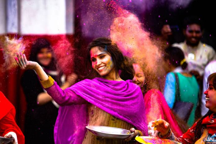 How to Remove Holi Color from Skin