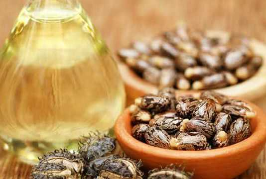 Castor Oil Uses for Skin and Hair