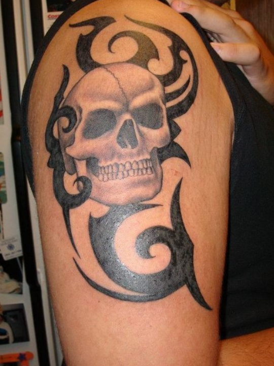 cool tribal skull tattoos
