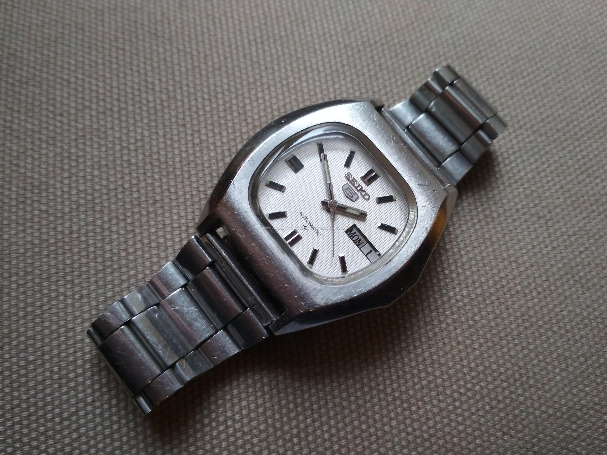 Vintage Seiko 7009-5010 Automatic Wristwatch