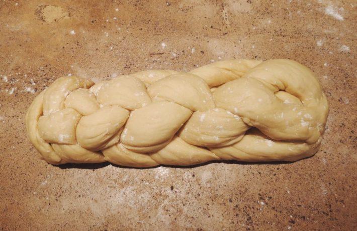 pâte à brioche tressée