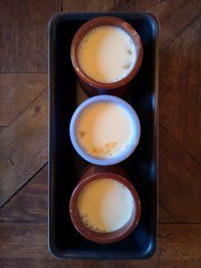 crèmes aux oeufs cuisson bain-marie