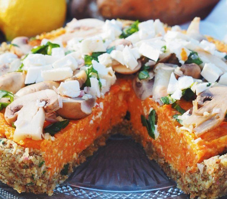 Tarte à la patate douce, aux carottes, basilic et noisettes (sans gluten)