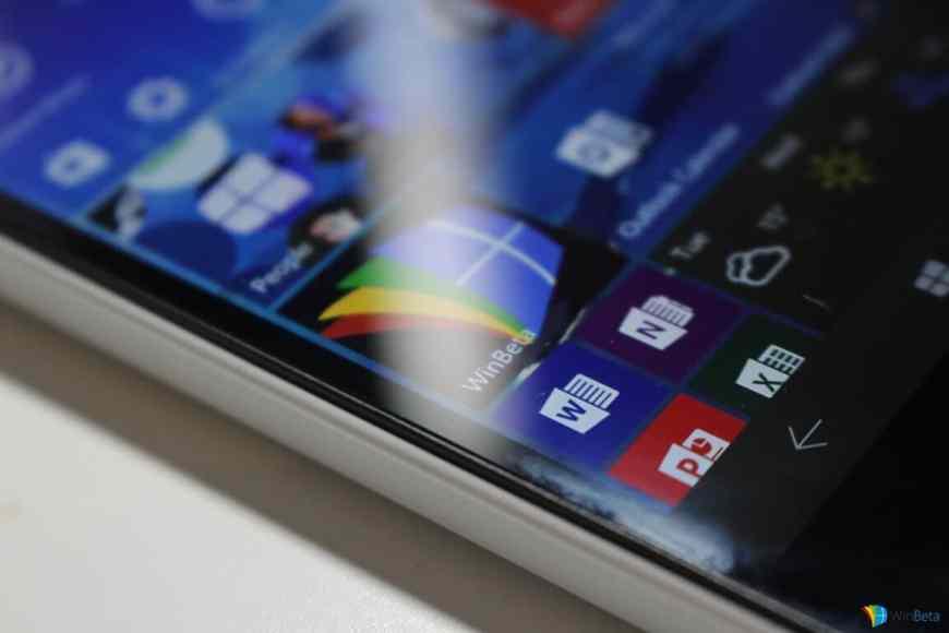 Lumia550-WinBetaLogo