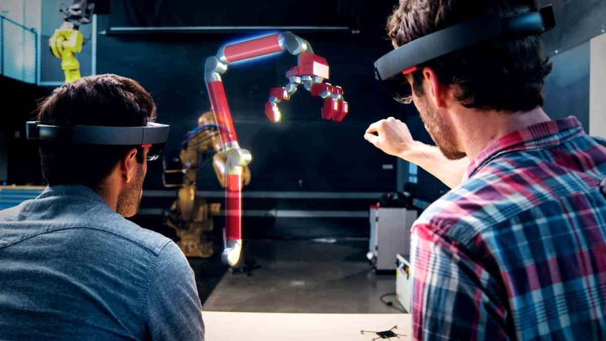 Pre-orders for Microsoft's HoloLens open in China, launch date announced